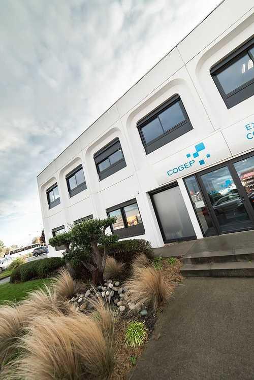 Menuiseries nouveaux bureaux de la COGEP - Langueux dsc1334