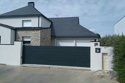 Portail de clôture en Aluminium Coulissant - Plérin