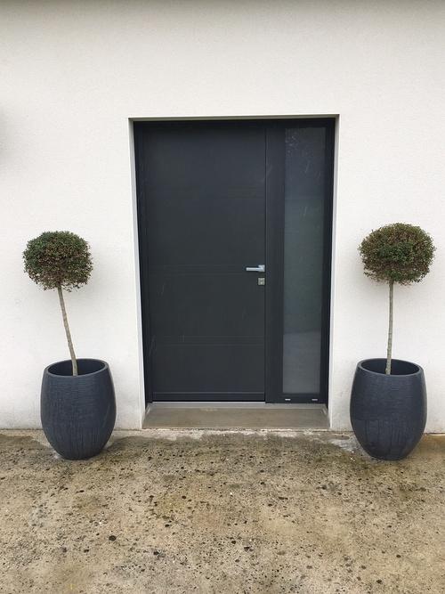 Porte d''entrée en alu gris sablé - Quessoy