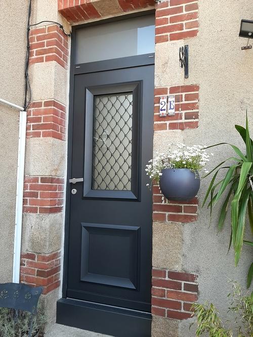 Porte d''entrée gamme néoclassique - Saint-Brieuc 22