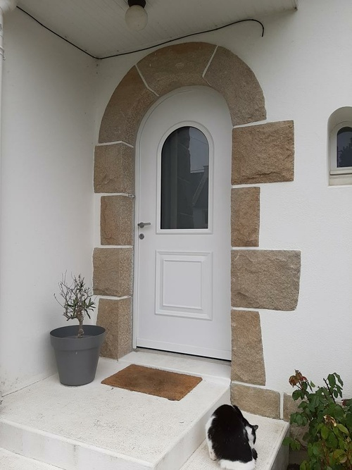 Porte d''entrée PVC contre dormant cintré - Rénovation - Plérin (22)