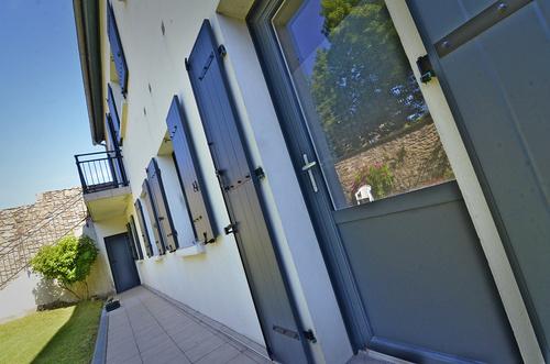 Rénovation : menuiseries extérieures mixtes alu / bois, porte et garde corps - Saint-Brieuc (22)