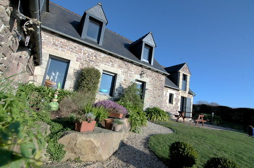 Rénovation menuiseries maison en pierre - Kerfot / Paimpol (22)