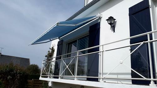 Store terrasse Markilux avec motorisation Somfy.