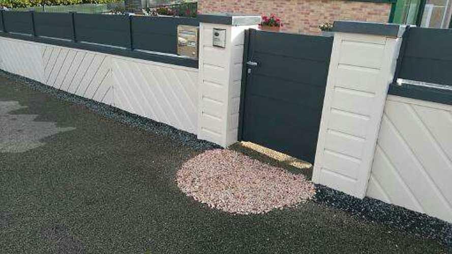 Portail de clôture coulissant et portillon en Alu avec motorisation - Moncontour portillonaluminiummoncontourtredaniel