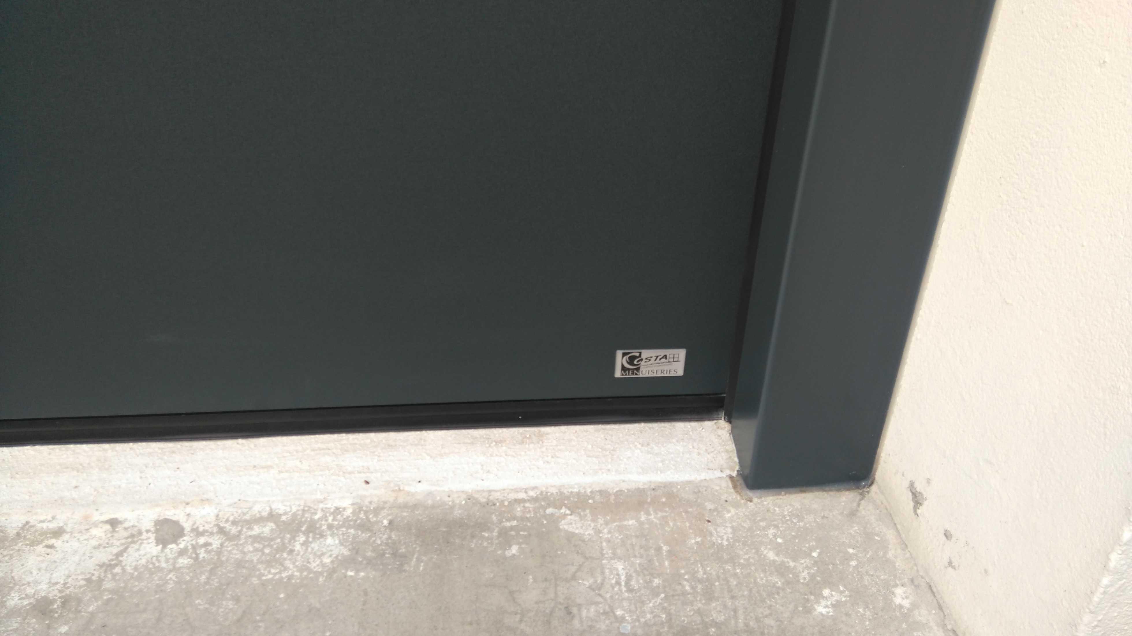 Porte de garage sectionnelle gris anthracite saint brieuc - Porte de garage sectionnelle gris anthracite ...