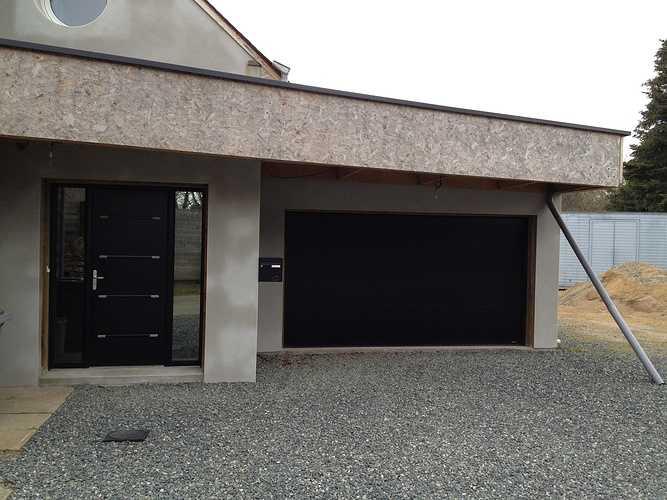Porte d''entrée, porte de garage et fenêtres alu - Plouha 0