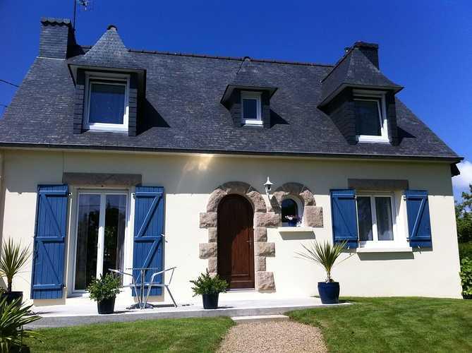Fenêtres PVC blanc - Maison néo bretonne 0