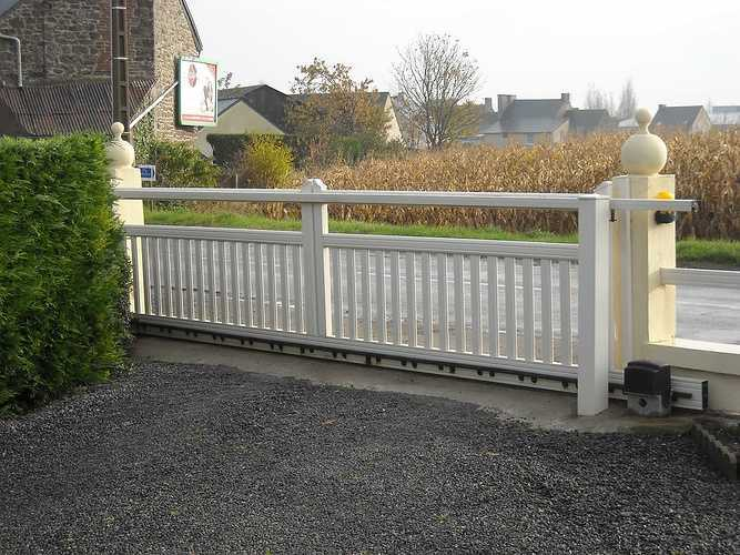 Portails PVC a227
