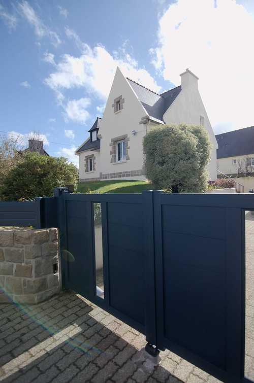 Pose de portail motorisé et clôture alu gris anthracite dsc7183