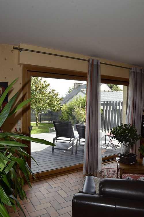 Baie vitrée mixte et porte d''entrée alu / bois - Maison à Plélo (22) dsc8989