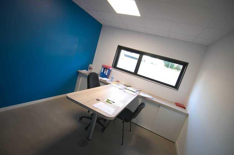 Extension des bureaux de l''entreprise Le Guern Maçonnerie - Plédran (22) dsc0572