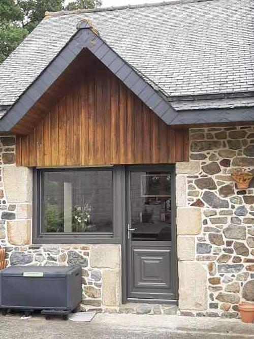 Rénovation menuiseries mixtes extérieures longère en pierre - secteur Lamballe manu3