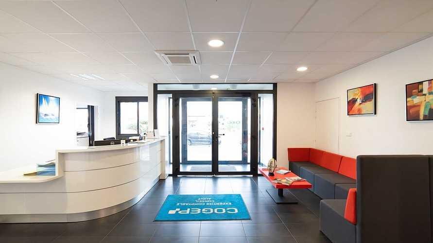 Menuiseries nouveaux bureaux de la COGEP - Langueux dsc1329