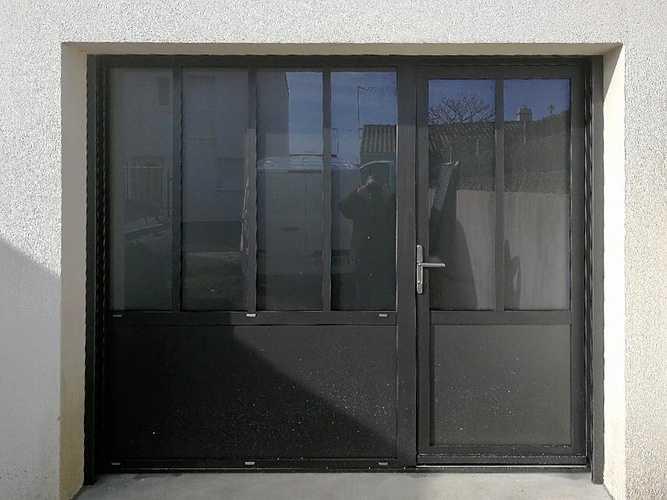 Verrière avec porte d''entrée intégrée 0