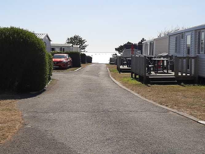 Menuiseries en fibres de verre et en aluminium - Camping St Quay Portrieux 2202007211038051