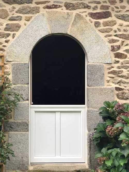 Installation - rénovation porte type fermière - Plédéliac img24861001