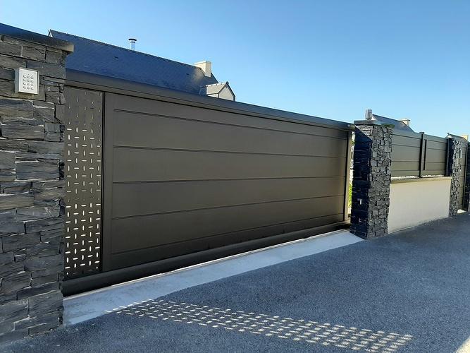 Installationportail coulissant motorisé, portillon & clôtures en aluminium- Plérin - 22 202007301018531