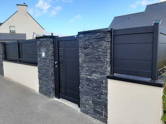 Installationportail coulissant motorisé, portillon & clôtures en aluminium- Plérin - 22 0
