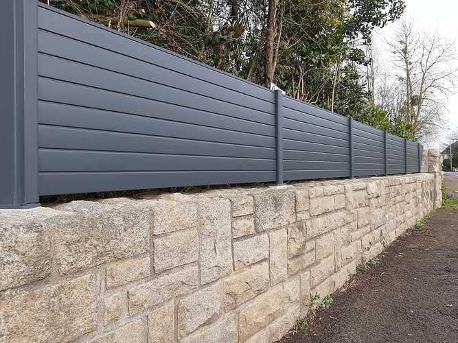 Pose d''une clôture en aluminium sur muret pierre- Trégueux - 22 20210119141021