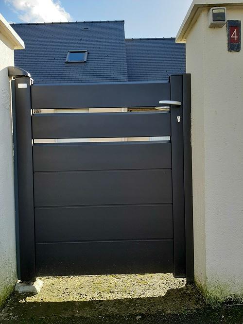 Installation portail et portillon et clôture alu noir sablé - Saint-Rieul 20210205141735