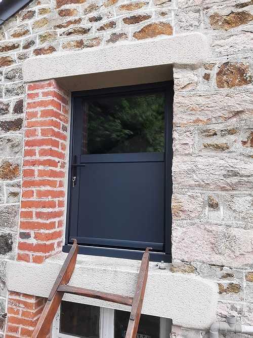Remplacement menuiseries et volets battants bois par de l''aluminium - Pléneuf Val André 202106031623271