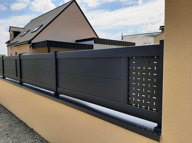 Remplacer portillon et portail en PVC par coulissant en aluminium - Pléneuf Val André 20210609161020