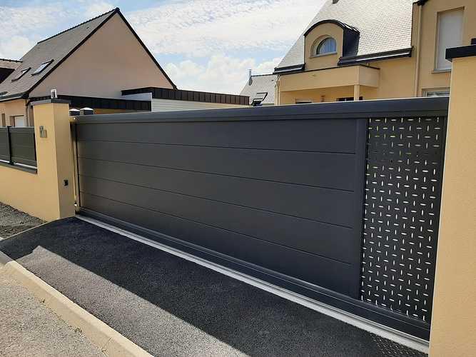 Remplacer portillon et portail en PVC par coulissant en aluminium - Pléneuf Val André 20210609161113