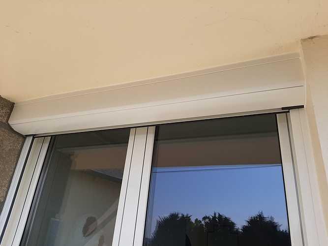 Remplacement persiennes PVC par volets roulants rénovation solaire - St-Brieuc vr2