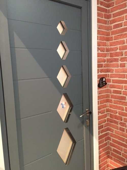 Porte d''entrée mixte alu bois - mensuierie Art et Fenêtres- Plérin 0