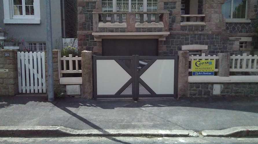 Portillon et portail 2 vantaux -alu bicolor - St brieuc 0