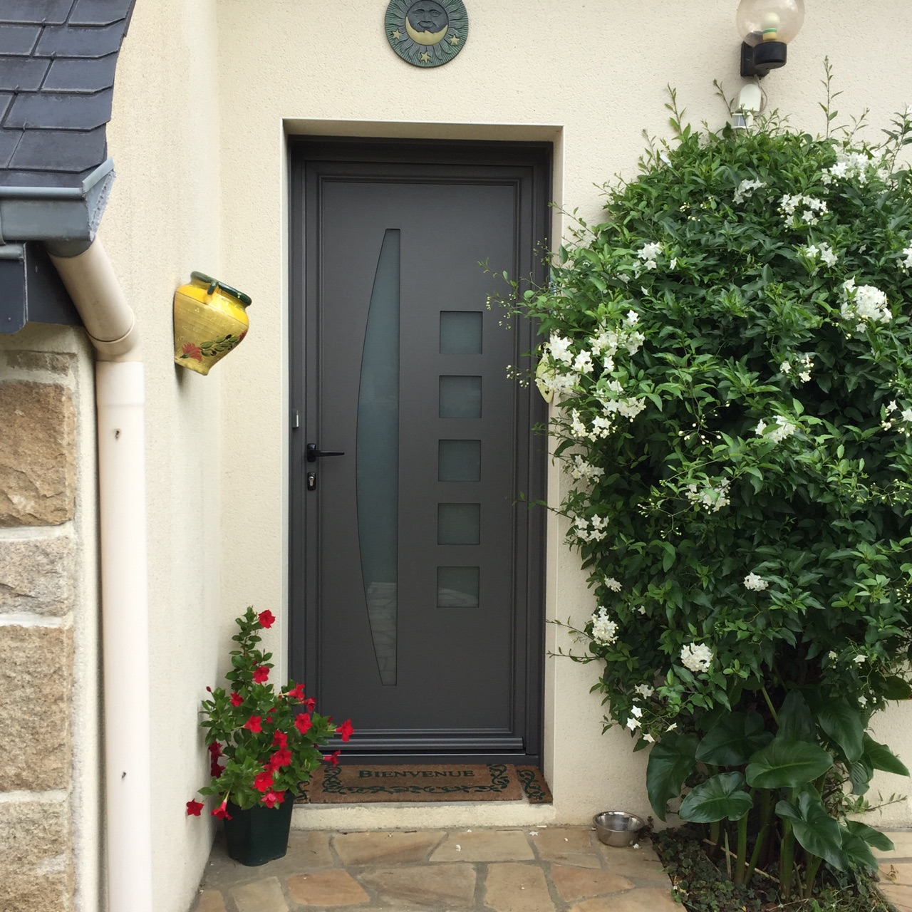 Renovation de porte d 39 entree a saint brieuc moderne et - Porte entree renovation ...